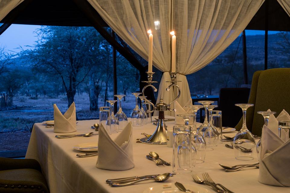 hotel accommodation Serengeti